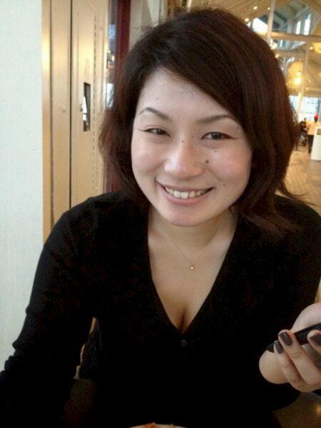 Femme asiatique sexy célibataire depuis peu